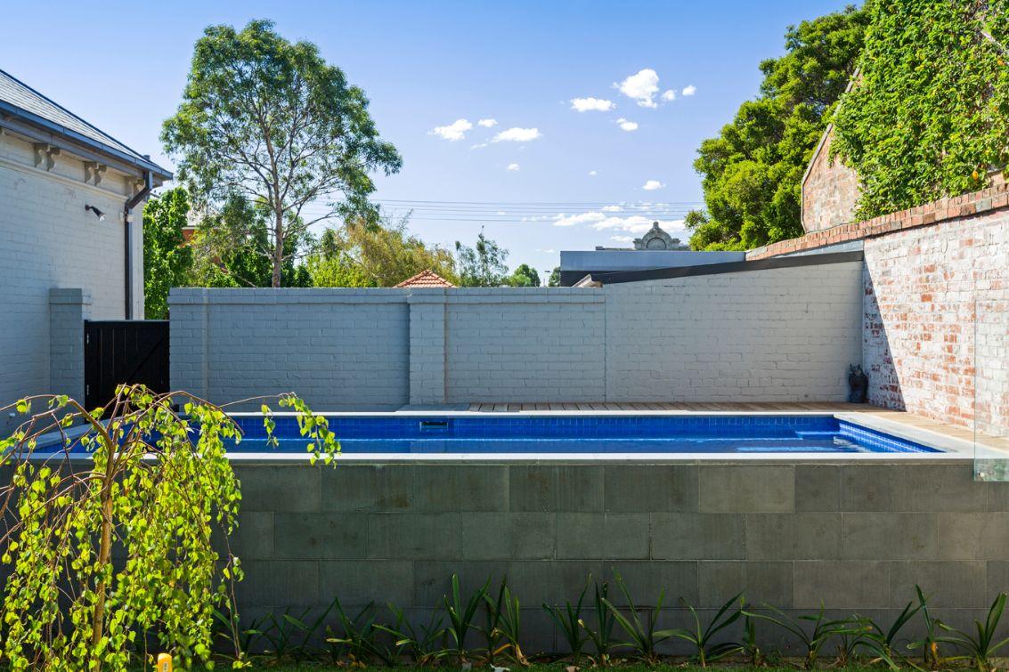 Designer Pools Carlton
